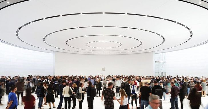 蘋果召開今年第一場大會,庫克的這些話顯示  AirPods 與 Apple Watch 對蘋果會越來越重要