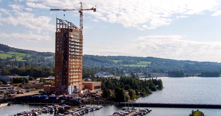 世界上最高的木材建築高度為85公尺,連電梯井都交叉層壓木材製成
