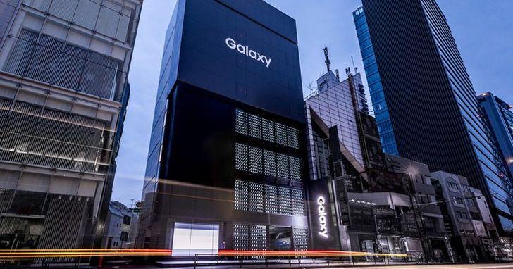 三星在東京最大的旗艦店開張,外牆裝了 1000 部 Galaxy 手機