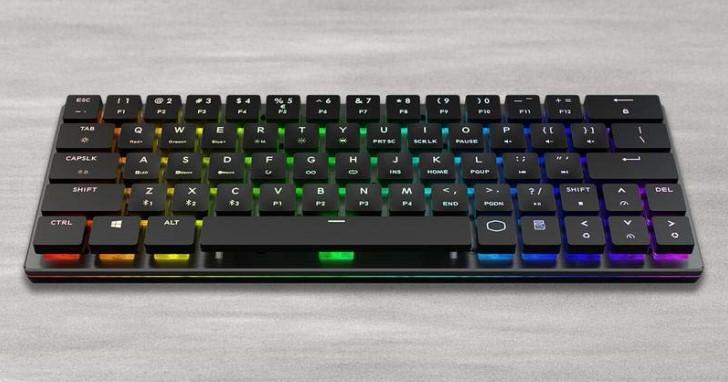 Cooler Master 推出機械軸 60% 藍牙鍵盤 SK621,行動裝置也可以 RGB