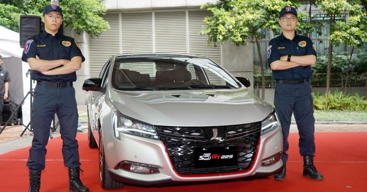 Luxgen 贈與新北市政府 S5 GT225 性能跑房車,要讓犯罪無所遁逃