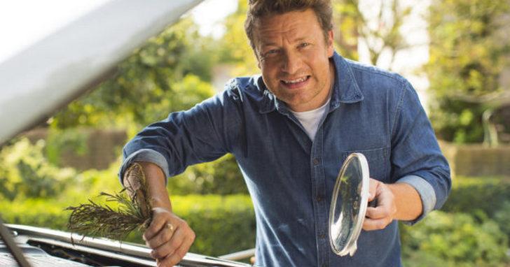 Jamie Oliver 最終宣布破產,英國連鎖餐飲業連環倒