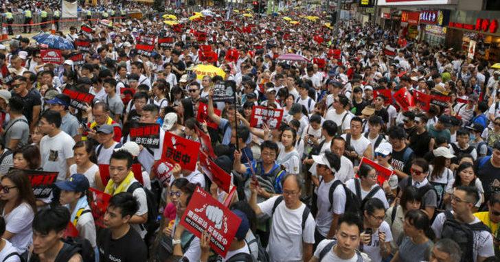 香港修改《逃犯條例》破壞司法獨立,恐打擊金融中心地位