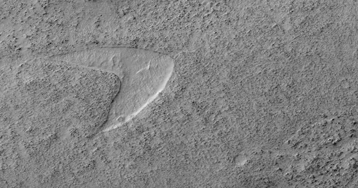 「星艦奇航記」是真的!HiRISE找到了星艦到達火星的「證據」?