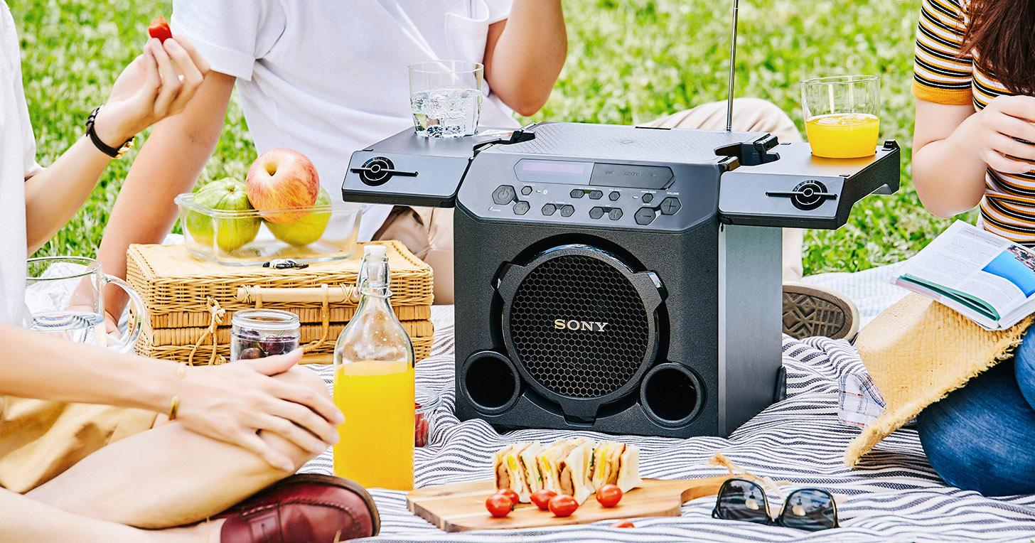 野餐、派對、露營絕不能少了這一味!Sony GTK-PG10 可攜式高功率藍牙音響,K 歌派對神器動手玩
