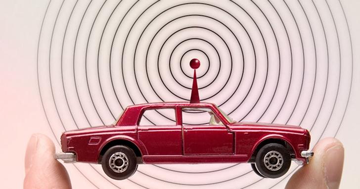 用「軟體定義汽車」的背後, 汽車OTA 升級的爭奪戰