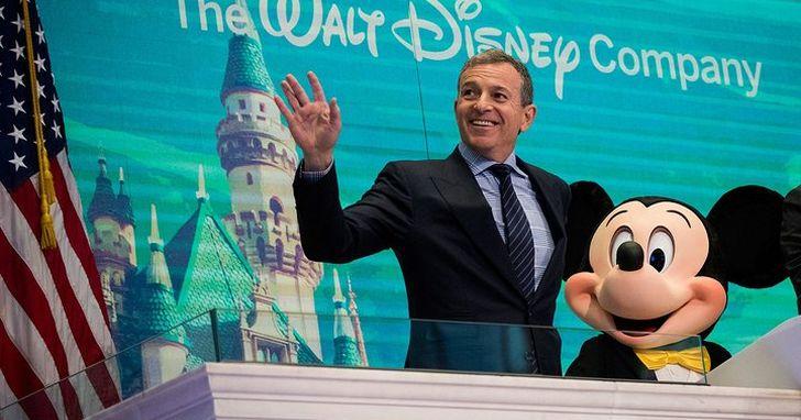 米奇老鼠首部電影版權即將於2023年失效,迪士尼怎麼度過旗下卡通版權失效的「中年危機」?