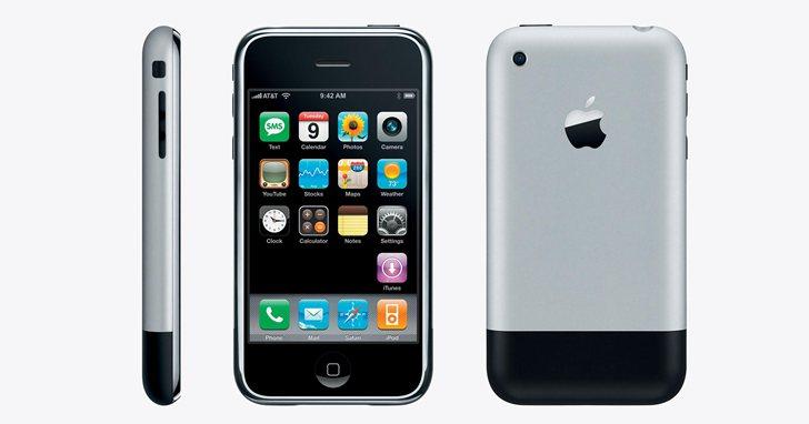第一代的iPhone本來採用塑膠螢幕,賈伯斯的一句抱怨改寫了歷史