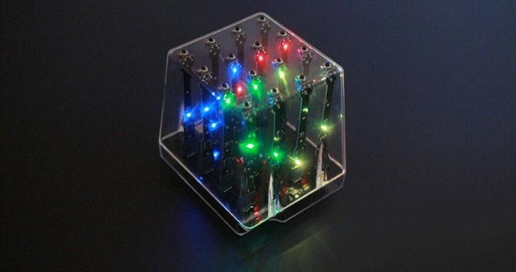 魔幻炫光盒藏玄機,4Play竟是立體圈圈叉叉遊戲機