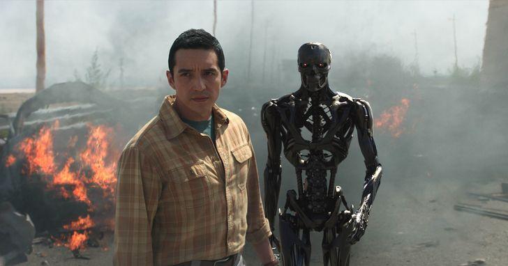 《魔鬼終結者:黑暗宿命》科幻教父回歸,全新液態金屬終結者Rev-9登場