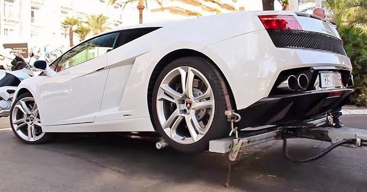 「超跑拖吊條款」將於明年元旦上路,千萬超跑發生事故拖吊光基本費用可能就高達2萬元