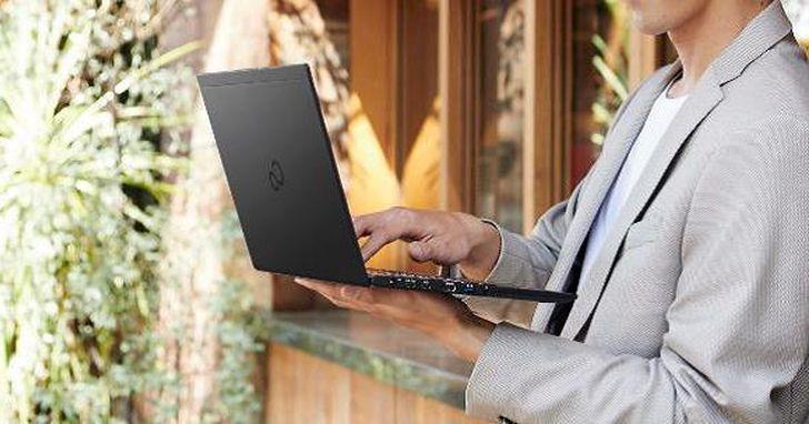 僅一杯咖啡重,富士通推出全新羽量級 UH-X 系列筆電