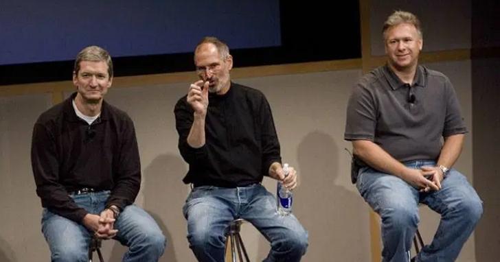 莫博士:庫克領導的蘋果雖然不算是牙膏廠,但十年來最輝煌的產品還是iPhone