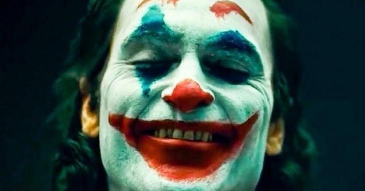 從《寄生上流》到《小丑》,小島秀夫選出了他個人的「年度十大電影」