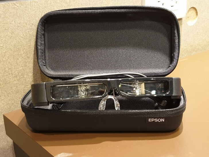 [心得] [試用分享] Epson Moverio BT-30C 次視代智慧眼鏡 體驗心得