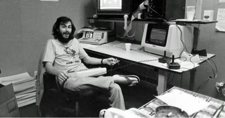 被稱為「史上最爛」的傳奇遊戲《ET 外星人》、甚至導致遊戲機巨頭Atari從此破產?