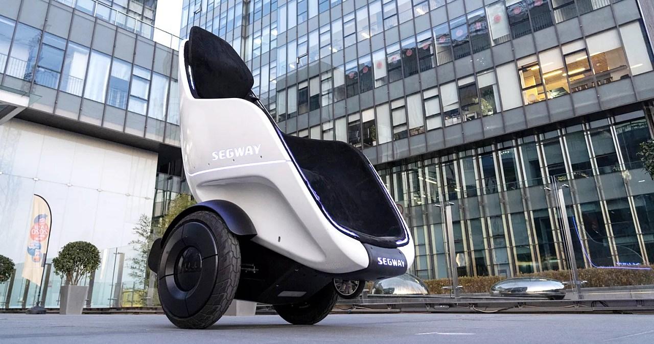 坐著操控的平衡車!Segway 推出 S-Pod,時速最高近 40km/h