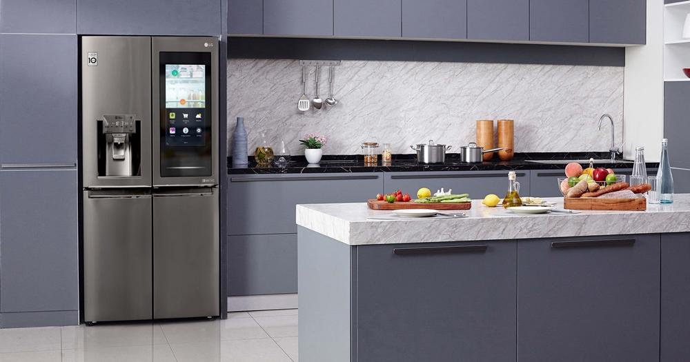 內建球型製冰機的透視冰箱,LG 在 CES 火力展示家電新科技