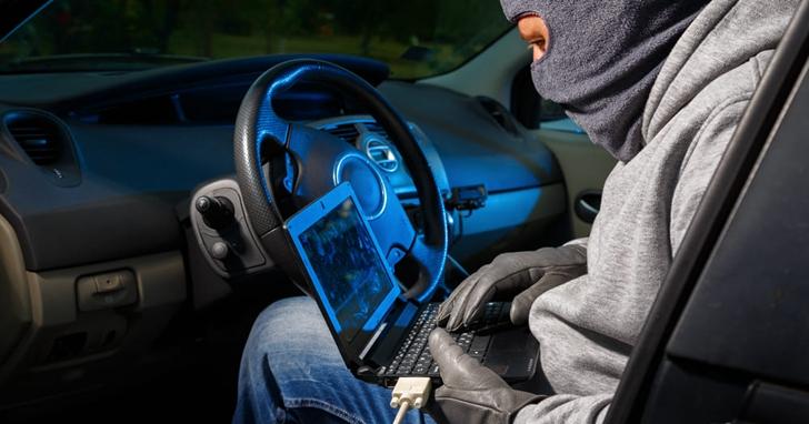 越來越聰明的不止是特斯拉,還有汽車駭客