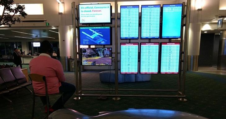 美國一名男子「劫持」機場的顯示幕玩PS4《Apex英雄》,因而觸動機場警報