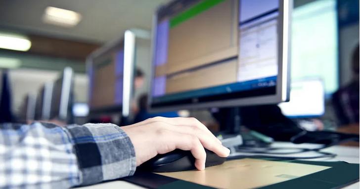中國肺炎停課期間,網路上賣得最好的學生用品是盜版網路課程:原價兩萬、疫情價5元