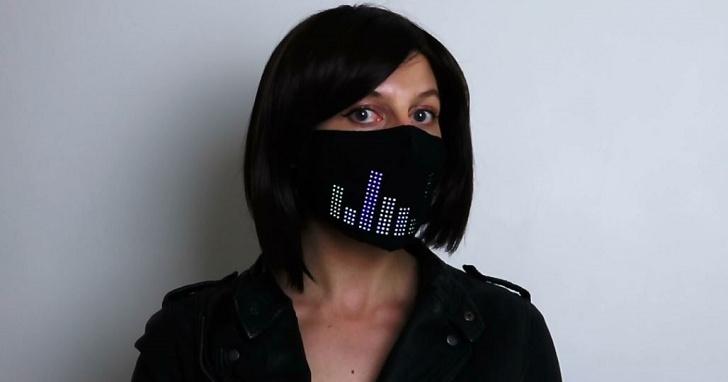 歐美人就愛這一「套」,Oculus 產品設計師開發 LED 口罩鼓勵人們當成時尚