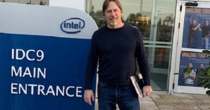「晶片之神」Jim Keller 突然從英特爾離職,從PC、手機到汽車,近年最傳奇的處理器都出自他的手中