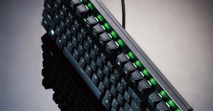 Razer Huntsman Tournament Edition 評測:80%光學機械軸電競鍵盤