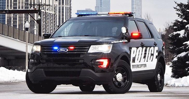 拒當美警暴相關推手?Ford 福特汽車員工連署要求公司停止生產警車,CEO 斷然回絕
