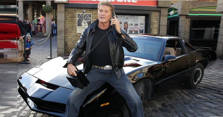 《霹靂遊俠》劇中實車拍賣20萬美元,堪稱特斯拉的智慧老祖宗