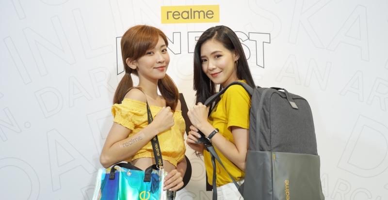 realme Buds Q 藍牙耳機新上市,8/26 - 8/31 粉絲節行動週邊促銷優惠