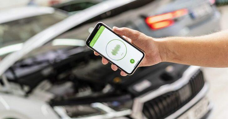 有異音要拆開來檢視?Skoda 推出 App「聽」出車子的問題