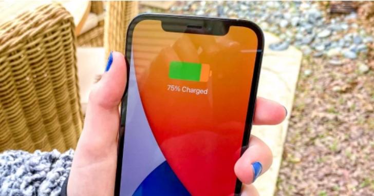 外媒實測蘋果 iPhone 12/Pro 電池,切換到5G網路續航力會降多少?