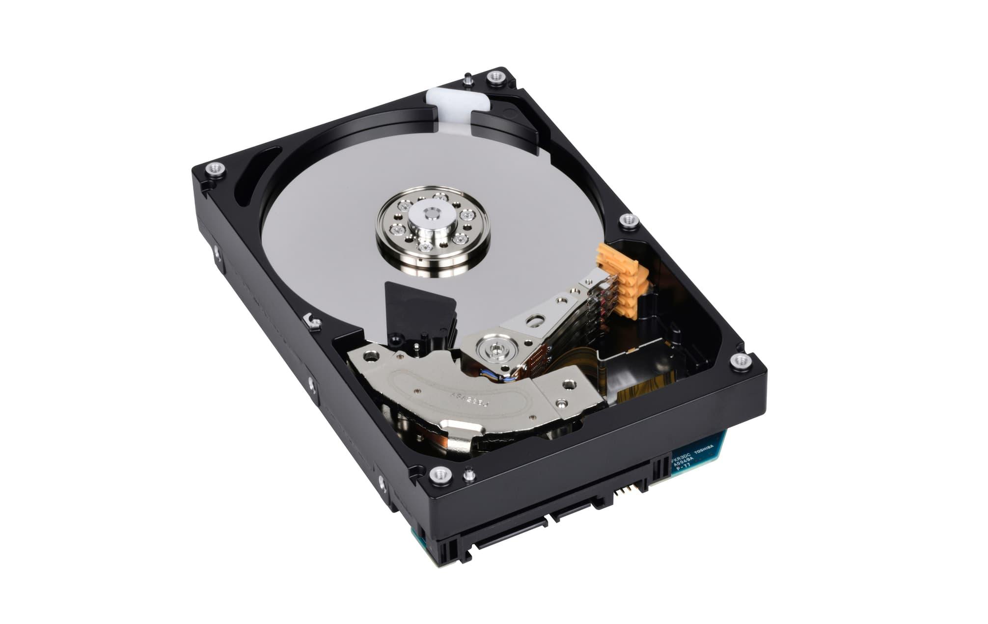 TOSHIBA 升級  4TB、6TB 和 8TB 企業級容量型硬碟