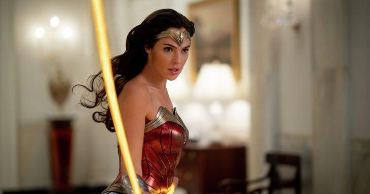 聖誕跨年壓軸《神力女超人1984》用愛與智慧拯救世界