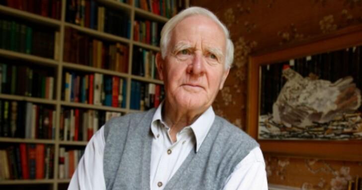 英國間諜小說大師約翰‧勒卡雷去世,享壽89歲