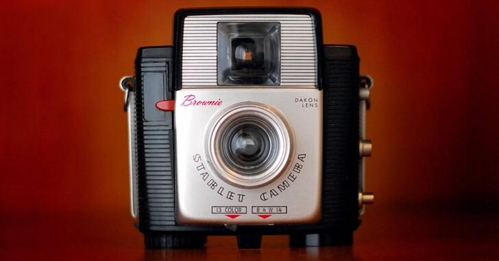 柯達布朗尼相機甫推出就永遠改變了攝影和文化,iPhone也正在以另一種方式扮演這個角色