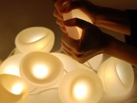4款趣味療癒系 LED 燈,可當靠枕、抱枕或家飾