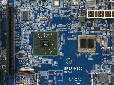 Mini ITX 嵌入式系統主機板首見四核 CPU,它是 VIA EPIA-M900-12LQ