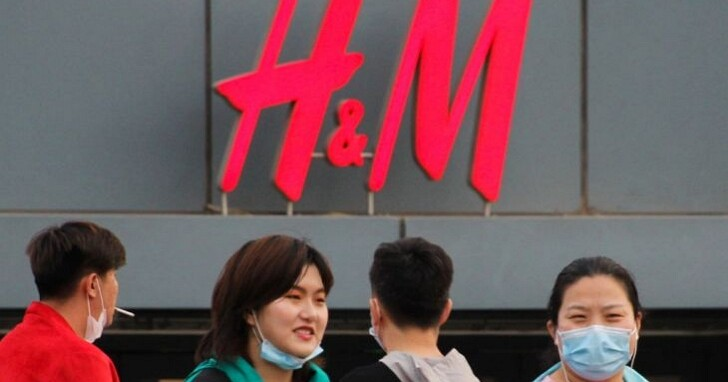 H&M因「拒用新疆棉花」聲明引中國網友喊滾出中國,產品在中國電商平台一夕消失