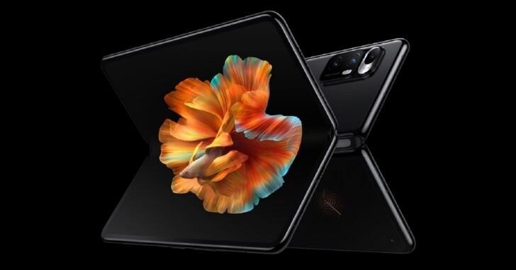 小米首款摺疊手機 MIX FOLD 正式登場,搭載液態鏡頭與澎湃C1影像晶片,價格約台幣43500起
