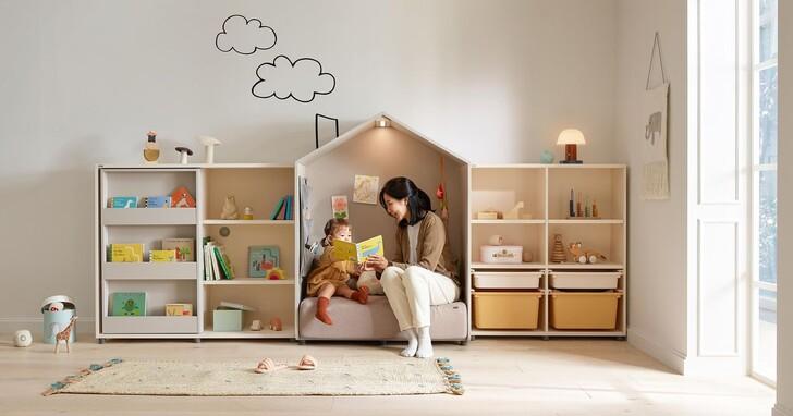 iloom怡倫家居推出JEROME小鴨成長電動桌、EDDI KIDS親子故事屋