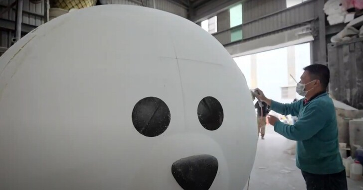 Line總部4公尺高的熊大是怎麼做出來的?又是如何放進辦公室的