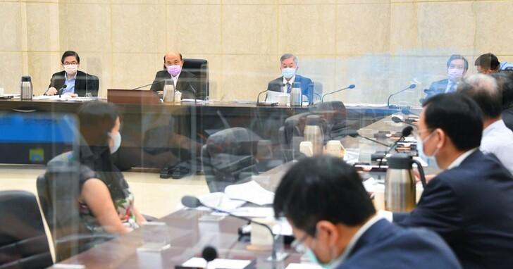行政院正式宣布三級警戒延至6/28,全國各級學校停課到暑假