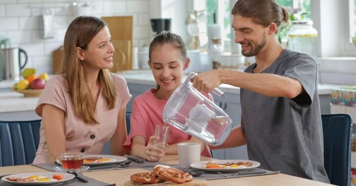 飛利浦推出適合租屋族使用的濾水壺、濾水龍頭型淨水器