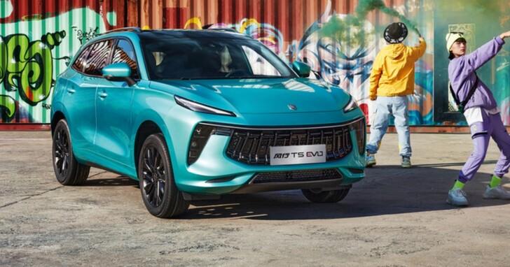 要抄就要抄全套,中國車廠「東風風行」更新Logo 像極了藍寶堅尼