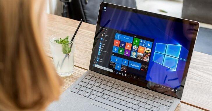 如何修復筆電螢幕亮度不足問題?
