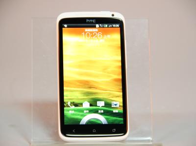 HTC One X 四核旗艦評測,HTC Sense 4.0、99連拍動手玩