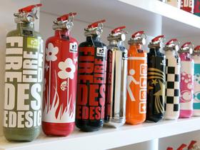滅火器改走塗鴉瓶造型,一舉化身時尚居家配件