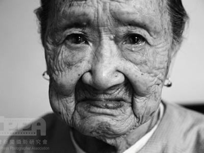 2012 台灣新聞攝影大賽得獎作品,政治人物的另一面、你該關心的議題